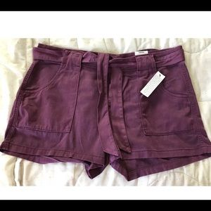 Shorts 🌸🌸 Sz 10 MidRise Pockets NWT